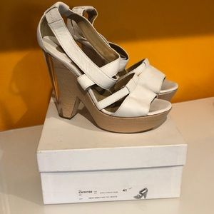 CHLOE  wood/lucite high heel sandals size 41